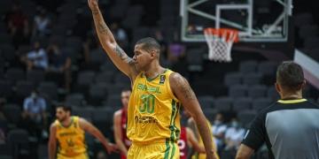Rafael Hettsheimeir começou a jogar basquete em escolinhas de Araçatuba ( Reprodução/ Twitter)